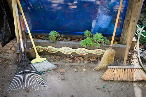 """<a href=""""http://www.flickr.com/photos/orinrobertjohn/2779149859/"""" title=""""Many Brooms by Orin Zebest"""
